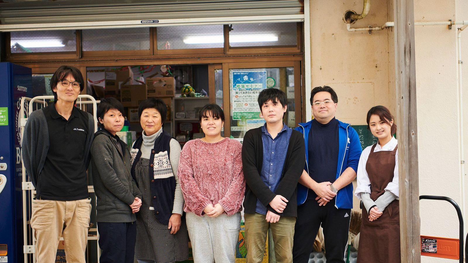 「8割超」20~40代のほとんどがIターン移住者の東京の島をご存じか 「椿油」の生産量日本一を誇る宝島