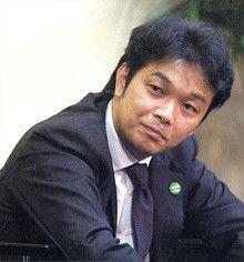 <strong>カブドットコム証券取締役代行執行役社長 斉藤正勝</strong><br>1966年、東京都生まれ。<br>89年多摩美術大学卒業後、野村システムサービス入社。第一証券、伊藤忠商事を経て、99年に日本オンライン証券(現カブドットコム証券)を設立。01年カブドットコム証券執行役員、その後最高業務執行責任者、代表取締役COOを経て04年代表執行役社長。05年3月東証一部上場。現在は、取締役代表執行役社長。