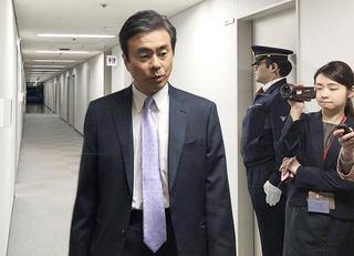 安倍首相が「逃げの答弁」をつづける事情