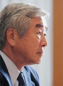 <strong>大久保尚武</strong>●おおくぼ・なおたけ<br>1940年、北海道生まれ。62年東京大学法学部卒業、同年、積水化学工業入社。89年取締役、93年常務、97年専務、99年1月副社長、同年6月社長。2009年3月より現職。大学時代にボート競技の日本代表としてローマ五輪に出場。現在、社団法人日本ボート協会の会長も務める。
