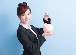 稼ぐ人は収入の何割を貯蓄や投資に回すか