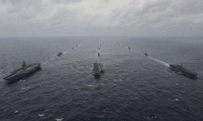 インド洋で行われた日米印の共同訓練「マラバール」