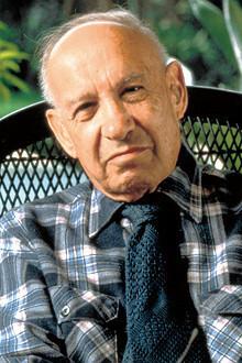 <strong>ピーター・F・ドラッカー</strong>●1909年、オーストリア生まれ。独フランクフルト大学在学中から、経済記者などを経験した後に渡米。米ニューヨーク大学教授などを経て、71年、米クレアモント大学大学院教授。現代経営学に多大な影響を与え続けた。著書に『経営者の条件』『現代の経営』など多数。2005年没。(Time&Life Pictures/Getty Images=写真)