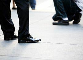 高所得者層はブランド靴でユニクロを着る ~男性みだしなみ意識調査(2)