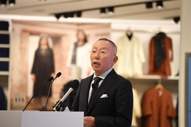 ニューデリーでの「ユニクロ」インド1号店オープンに際し、スピーチするファーストリテイリングの柳井正社長