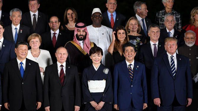 「強者は望むことを行い、弱者は強者の横暴に苦しむ」(古代アテネの歴史家トゥーキュディデース)――2019年6月28日、G20大阪サミットに集った各国首脳。