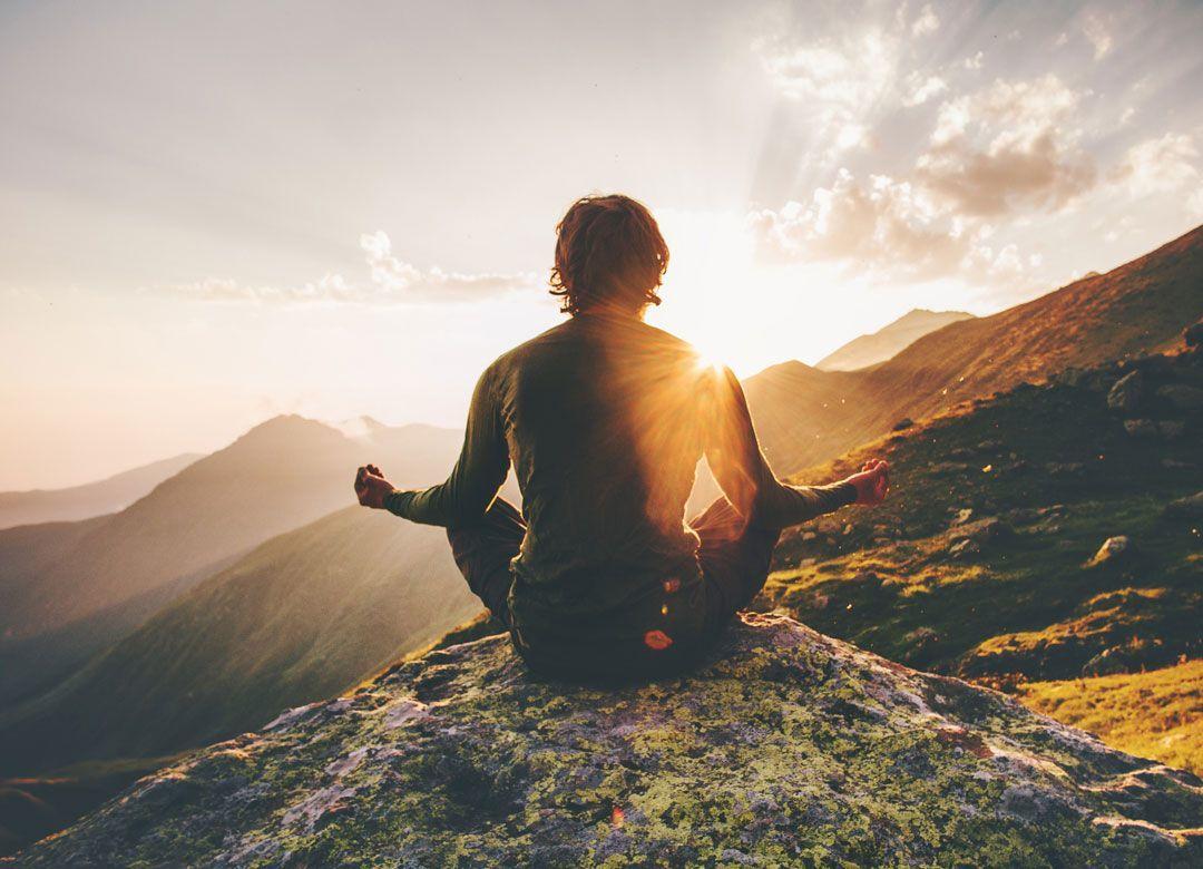 一流社長は「新幹線の移動中に瞑想」している 瞑想後ToDoリストが整理されている