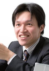 <strong>ガイアックス社長 上田祐司</strong>●1974年、大阪府生まれ。同志社大学卒。ベンチャー・リンクを経て、99年ガイアックスを設立、30歳で上場。オンラインコミュニティの企画・開発・運営を手がける。