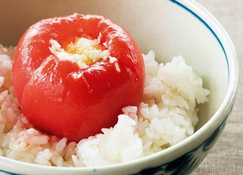 二日酔いに効く「トマトかけご飯」とは 頭痛、吐き気を解消