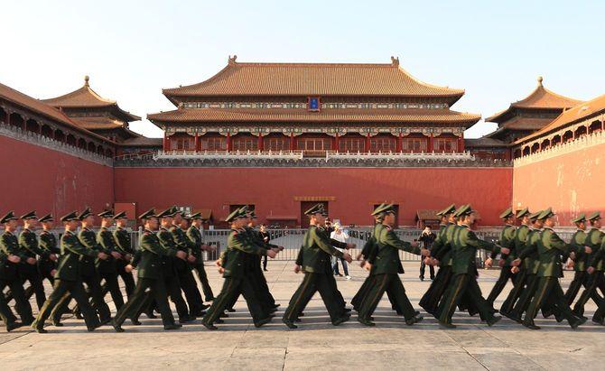 中国の兵士から紫禁城