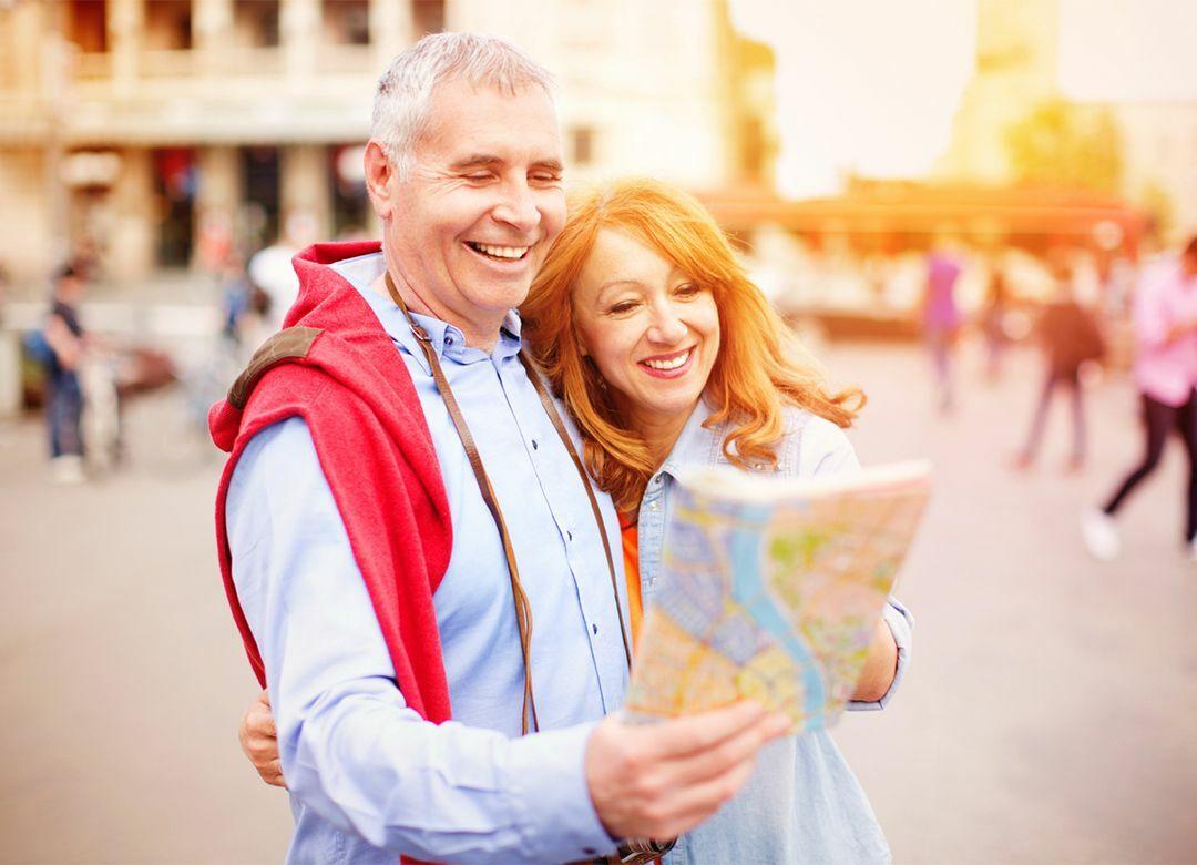 """仲良し夫婦は""""シングル2部屋""""で旅行する """"適度な距離感""""が良い関係を築く"""