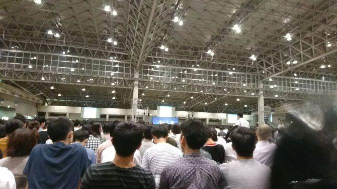 全体会議の様子。会場は幕張メッセで参加人数は3000名程度だという