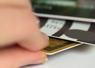 プラチナカードのサービス活用法