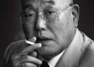 なぜ、男がタバコを吸う姿はカッコイイか
