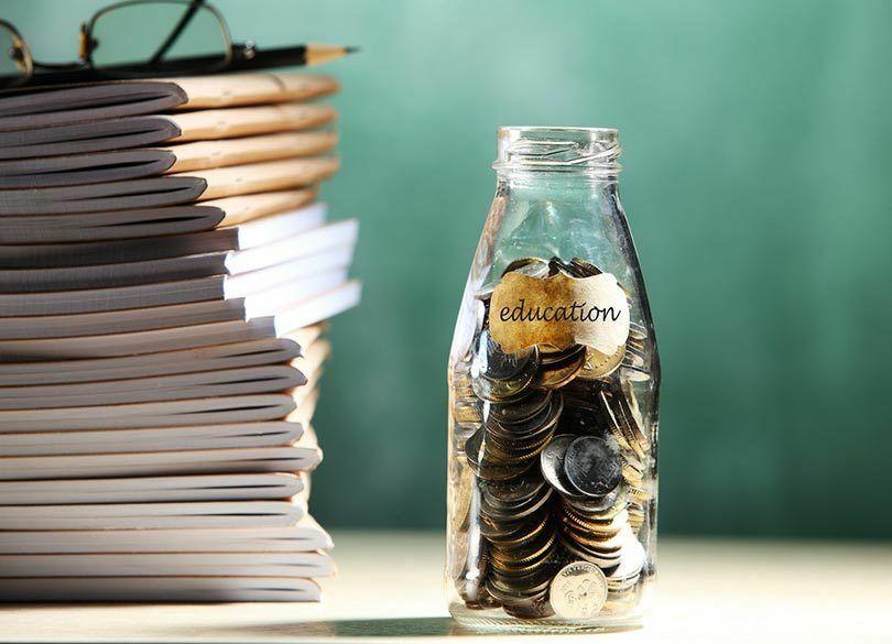 大学の学費が高騰を続ける2つの理由 少子化、デフレなのになぜか