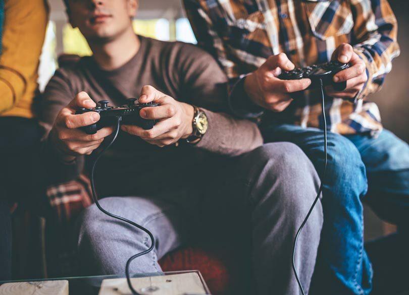 ゲームはやめられず、仕事には飽きる理由 人生を変える「神ゲーム」の4要素