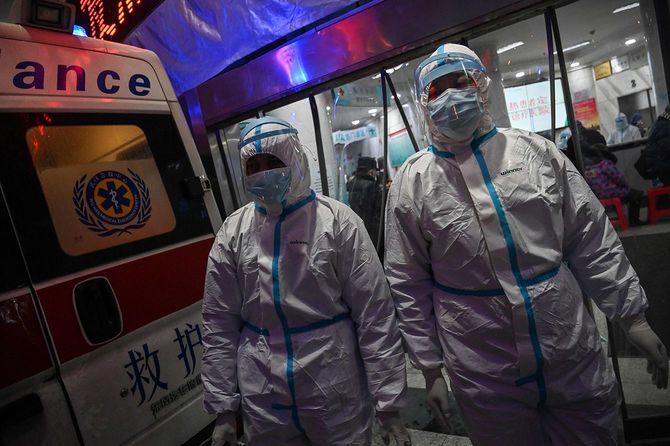中国で新型ウイルス肺炎拡大 武漢市の病院=2020年1月25日