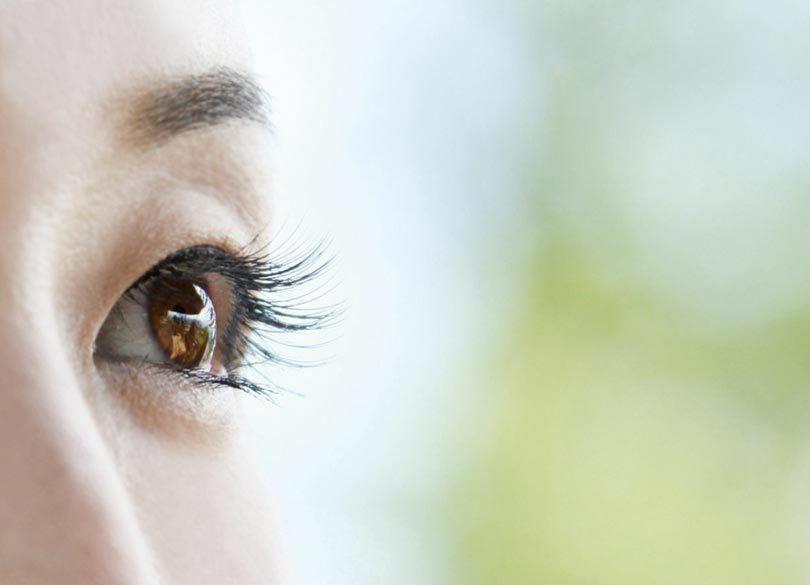 レーシックに代わる新治療!近視・乱視を矯正「眼内レンズ挿入術」