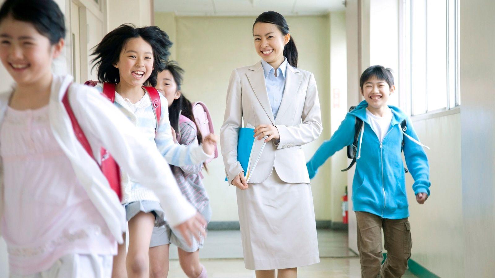 「巨乳に見える服着るな」教員いじめの低レベル 神戸の小学校の事件は氷山の一角