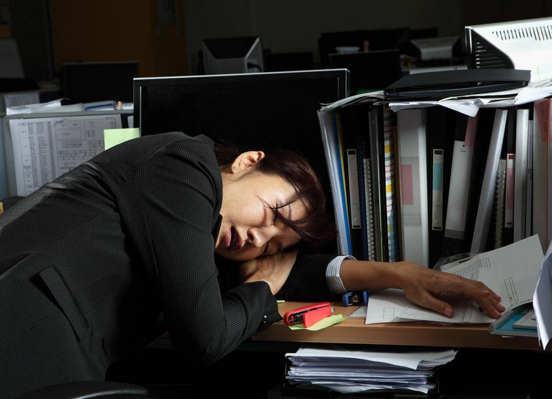 """働き方改革法で消えた""""残業の抜け道""""とは 月45時間残業は最高年6回まで"""