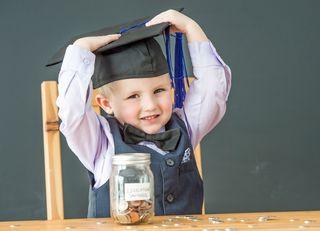年収1400万世帯が教育費で困窮するワケ