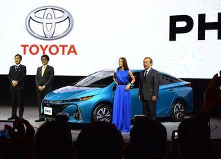 トヨタ新型「プリウスPHV」は売れるか