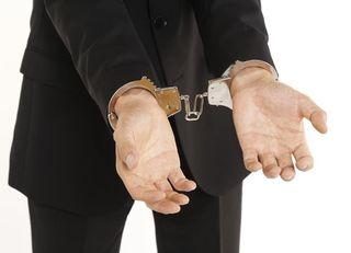 「痴漢冤罪」で捕まる人、捕まらない人