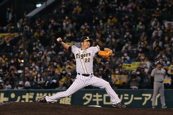 プロ野球・阪神-巨人/力投する藤川