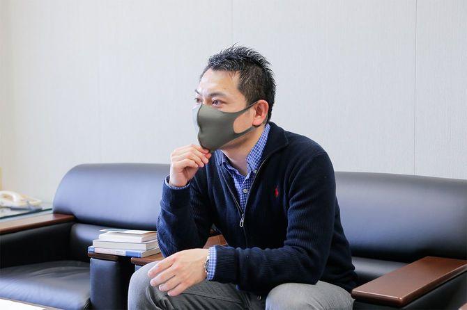 中国ルポライターの安田峰俊さん