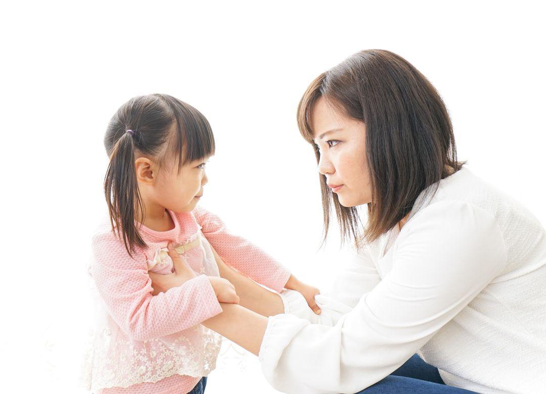 """わが子であっても許されない""""親のしつけ""""一覧 髪を引っ張るだけでも罰せられる"""