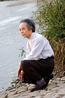 近くに部屋を借りるなどして、一緒に住むのは極力避ける<br><strong>脚本家・小説家 山田太一</strong>●1934年生まれ。松竹を経て、65年フリーに。主にテレビドラマの脚本を執筆。作品は「岸辺のアルバム」「ふぞろいの林檎たち」など多数。