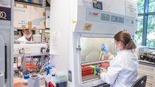 「私は女性科学者じゃない」英国のワクチン開発を率いたオックスフォード大教授がついたため息
