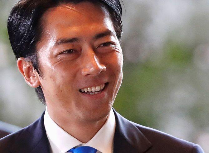 第4次安倍再改造内閣 新閣僚らが官邸入り=2019年9月11日
