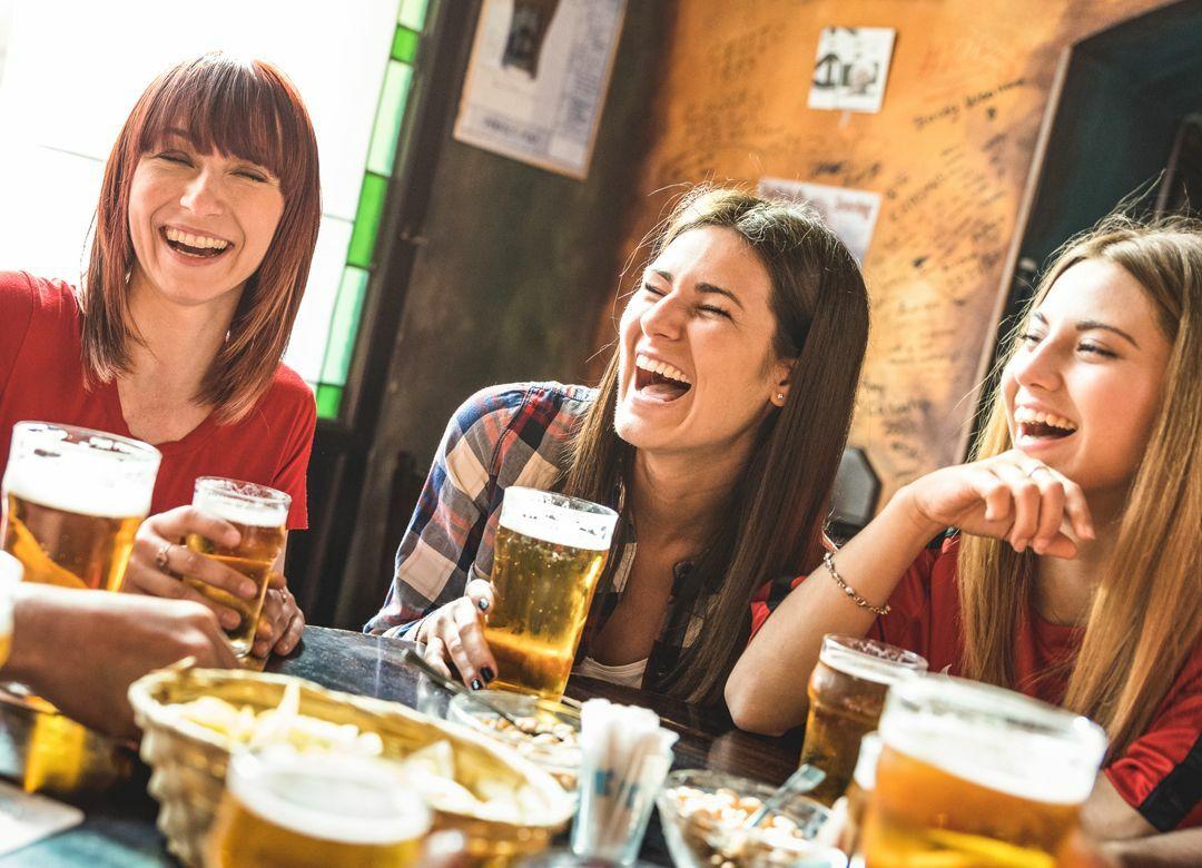 「女子会」命名は居酒屋チェーン「笑笑」 マーケット発の「新語」のルーツ