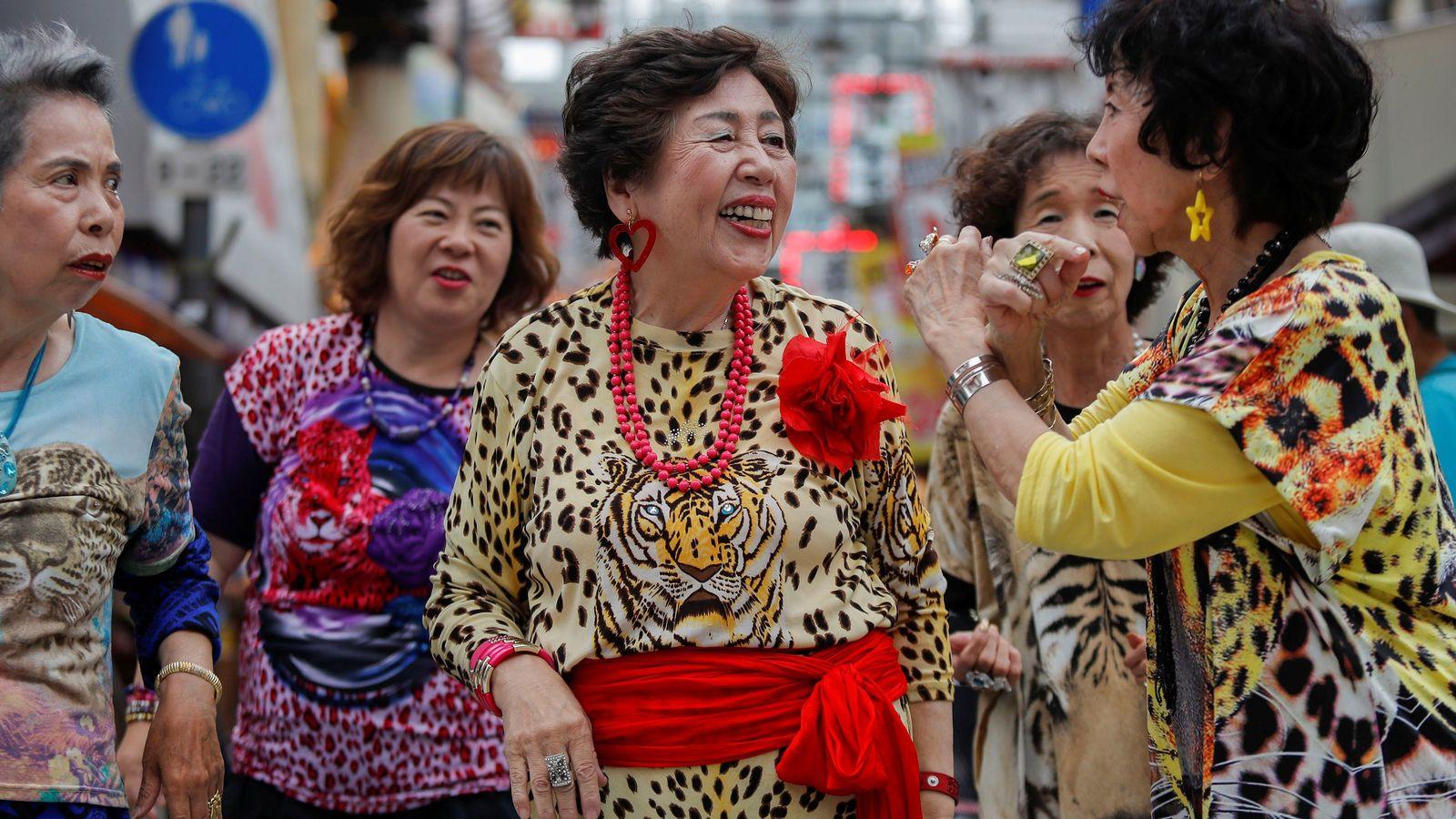 「大阪のおばちゃん」は中国人向けの観光資源だ 服装が派手、世話好き、親しみやすい