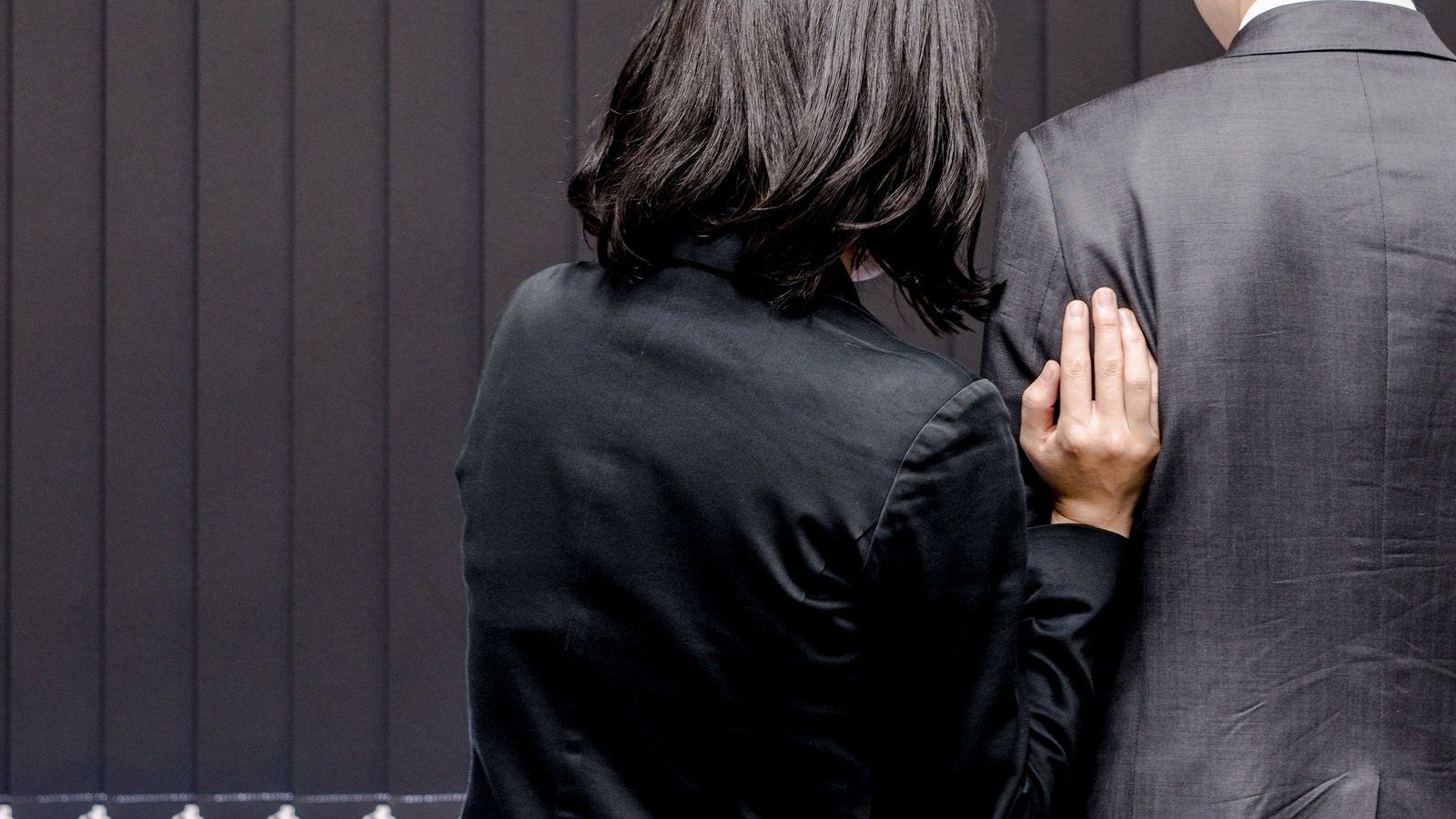 日本で普通の「社内恋愛」が世界の非常識なワケ アメリカなら社長であっても即解雇