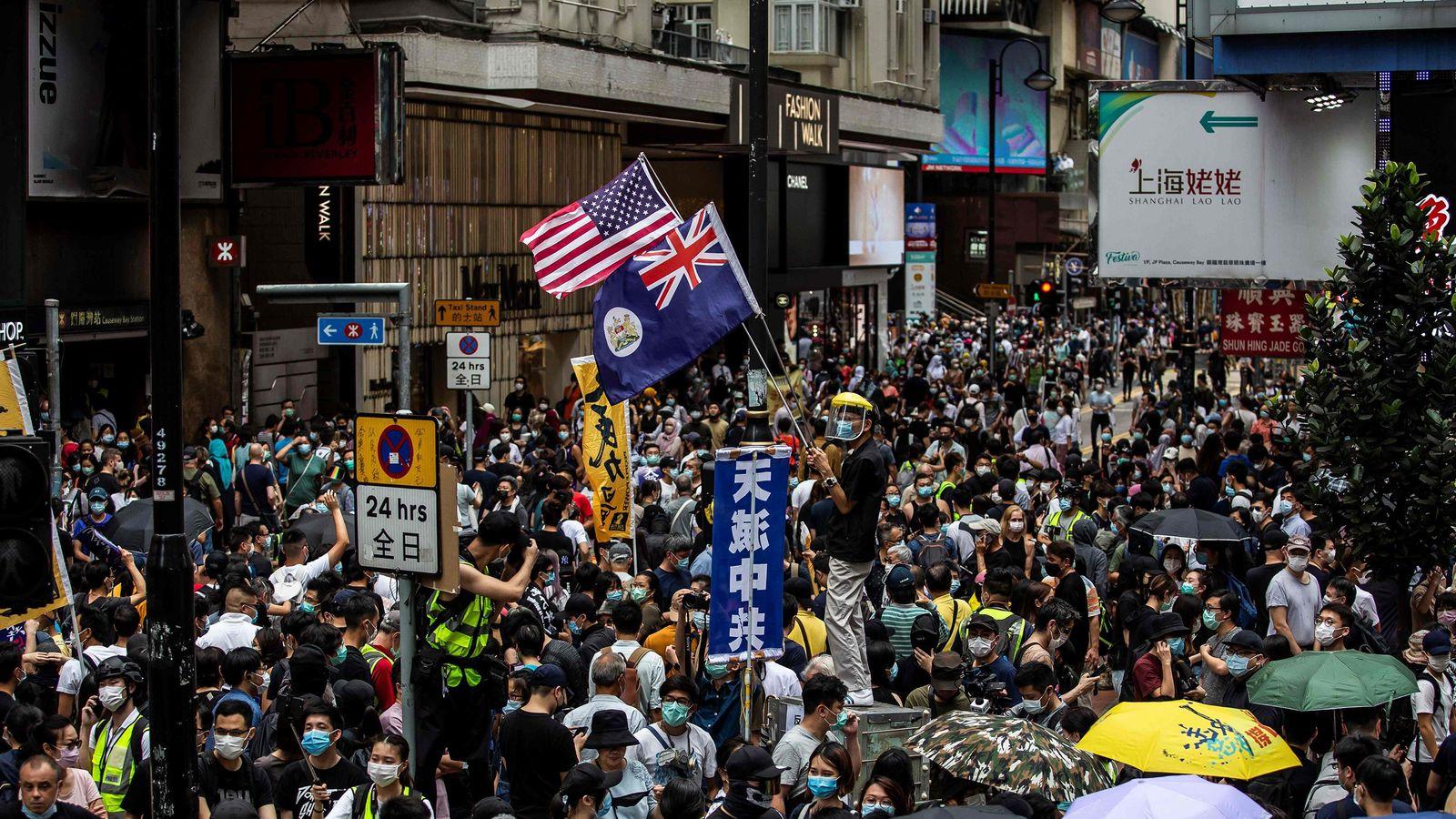 とうとうアメリカも介入した「中国VS香港」で問われるイギリスの本気度 「英国市民権を付与」は本当なのか