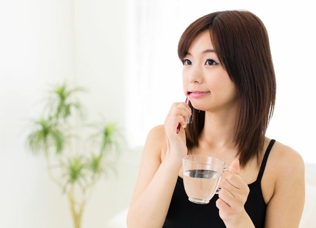 家族で同じ歯磨き粉の使用がNGなワケ 大人は歯周病、子供は虫歯の予防を