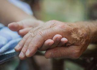 あなたは老いた親を愛せますか?