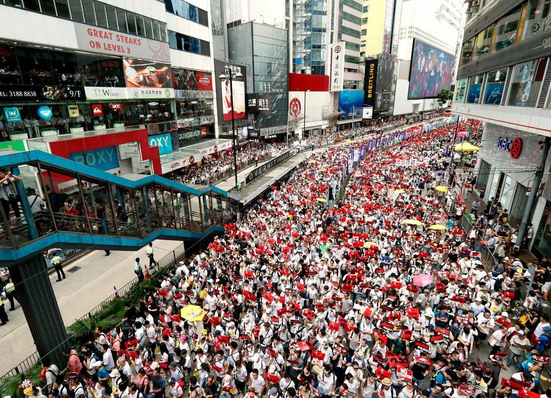 """香港デモで懸念される""""天安門事件""""の再来 市民にすぐ銃を向ける共産党の怖さ"""