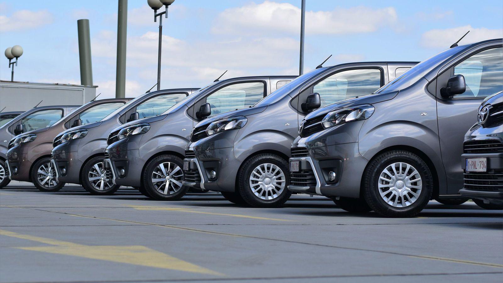 カーシェアの駐車場が出し入れしにくいワケ vsレンタカー料金・利便性徹底比較