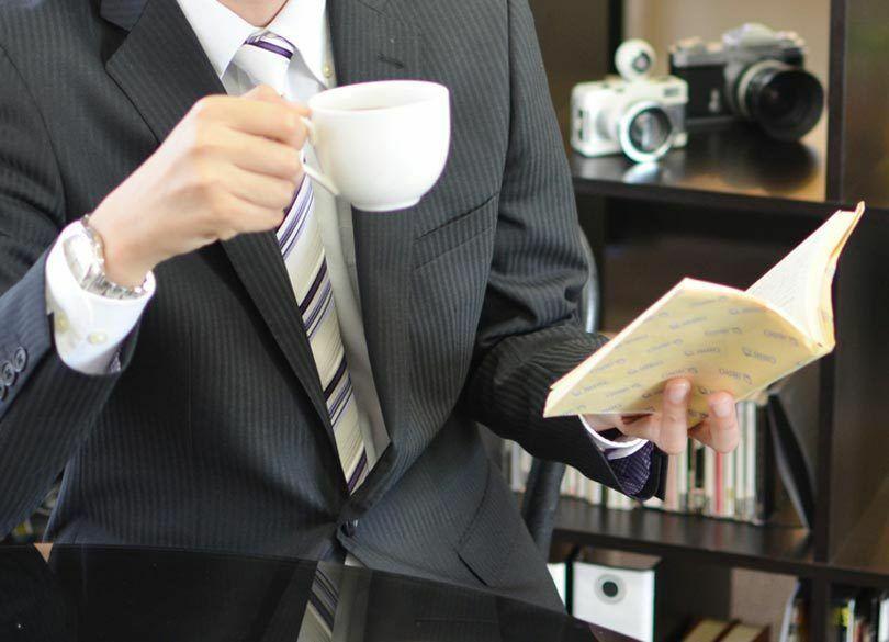 外国人の疑問「日本人はどうして本にカバーをつけるの?」