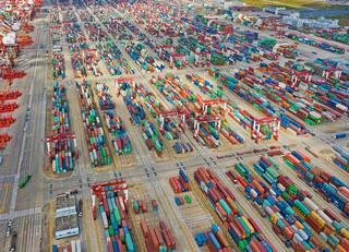 「米中貿易戦争で景気後退」は過度な懸念
