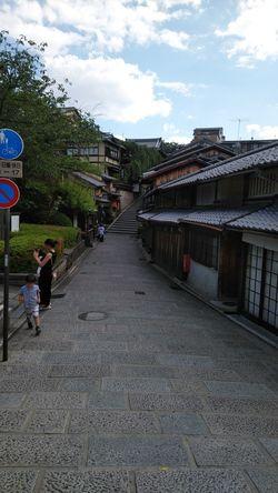 5月29日、まだまだ閑散としている清水寺周辺の産寧坂