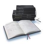 愛用するのはA5サイズの「量販店で売っている」手帳。たまに読み返す。