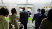 新型コロナウイルスの感染が拡大しても満員電車がなくならない理由