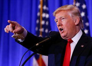 トランプ、「逆張り」の選挙戦略