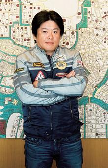<strong>堀江貴文●</strong>1972年、福岡県生まれ。実業家・ライブドア元代表取締役CEO。2006年、証券取引法違反により東京地検に逮捕され、一審で懲役2年6月の実刑判決を受け(控訴は棄却)、現在上告中。最高裁判決を待つ。著書に、『拝金』『君がオヤジになる前に』『人生論』など。