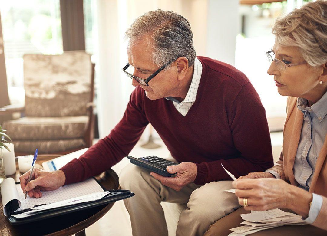 """老後のために""""貯金全額投資""""した人の末路 """"40~60代の破産""""が増えている"""