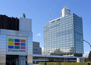 NHKは900万の未払世帯にどう請求するか